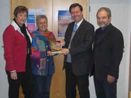 Gertrud Abele, Elisabeth Schlittenbauer, Pfarrer Thomas Zinecker, Max Prummer